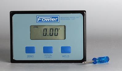 Rango de medición: 360 °(4 x 90°) Carcasa de aluminio, con LCD grande, retención de lectura, absoluta 0 ° al nivel del mar. Resolución: 0.05°.