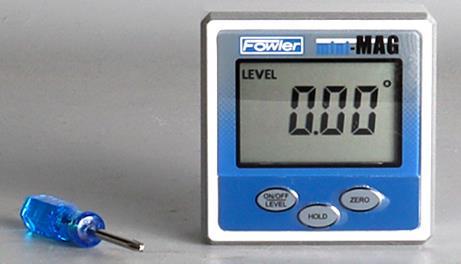 Rango de medición:360°.Resolución: .05°. Mide en cualquier ángulo por sus imanes incrustados en ambos lados y la parte inferior ideal para cualqu