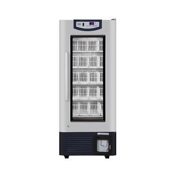 Refrigerador de banco de sangre. Modelo HXC-358 Marca Haier Capacidad: 358 L. 200 bolsas sangre. Temperatura: 2 - 6°C. Dim. Internas: 620 x 490 x 116