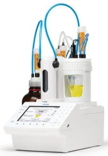 Para la determinación exacta del contenido de agua en el intervalo de 0.01 a 100%. Para muestras líquidas o sólidas. Unidades %, ppm, mg/g, μg/g,